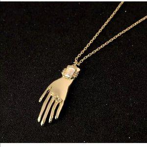 Jewelry - Very Pretty Hand 🤚 Necklace